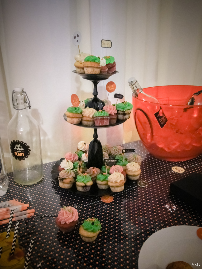 atelier halloween cupcakes chez ma jolie papeterie s ve d co. Black Bedroom Furniture Sets. Home Design Ideas