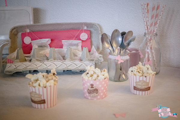L anniversaire girly marshmallows pompons cupcakes et for Deco cuisine girly